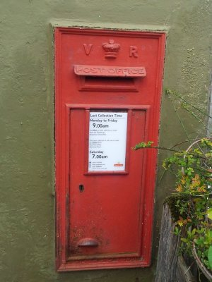 Post box Kingsdown
